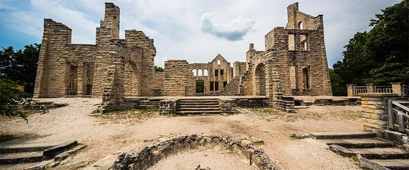chateau ha-ha-tonka state park missouri