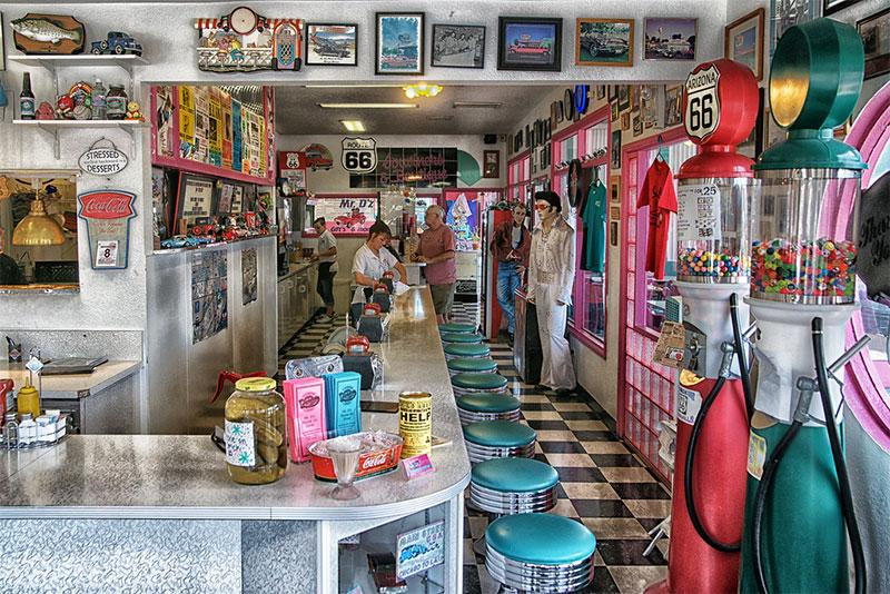 Mr Dz sur la Route 66 à Kingman, Arizona