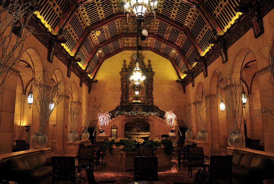 Intérieur de l'hôtel Biltmore à Los Angeles