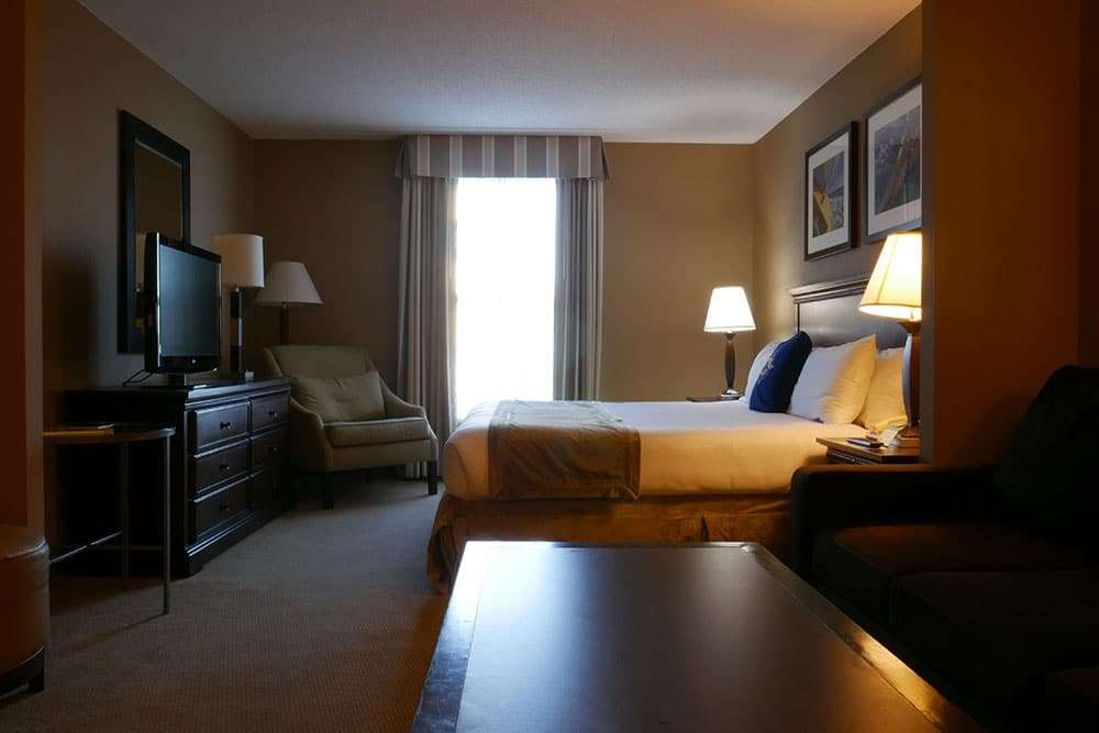 Suite au Salem Waterfront Hotel