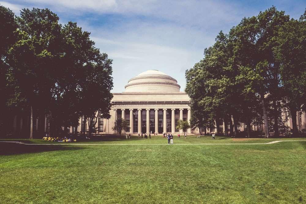 Le Tome du MIT