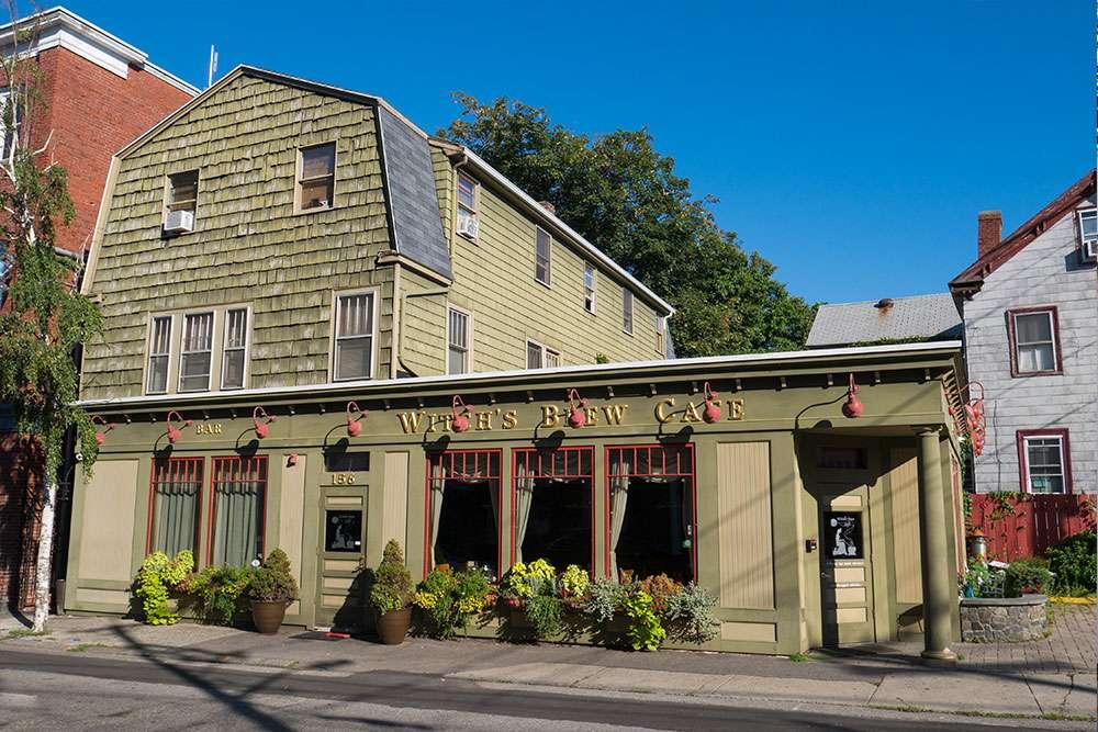 Witch Brew Cafe à Salem