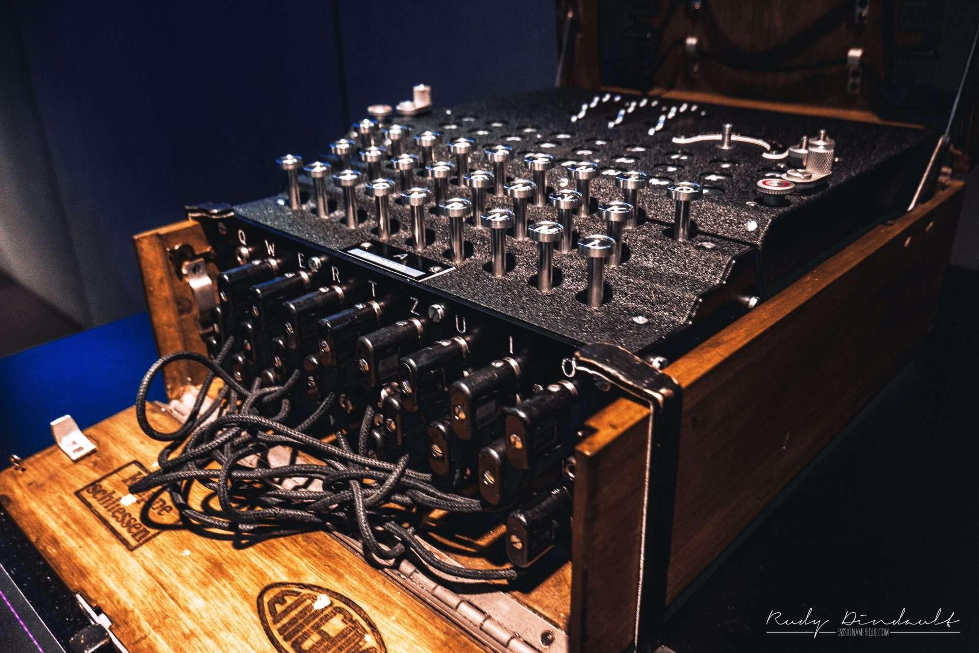 Machine à écrire d'espion Spyscape Museum