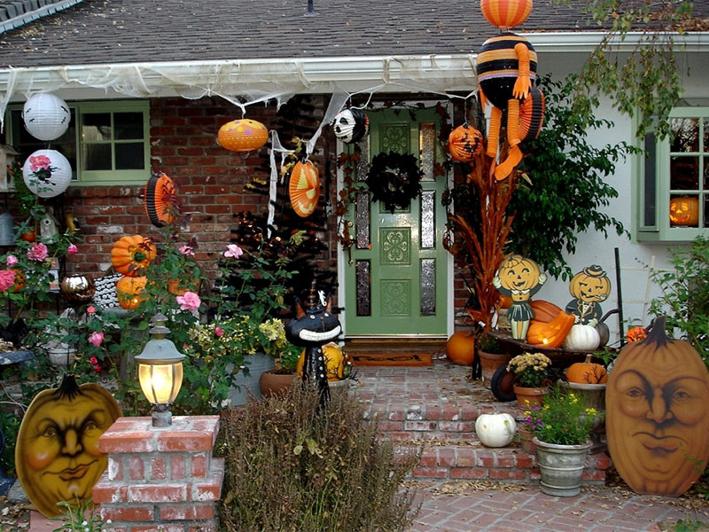 une maison décorée pour halloween