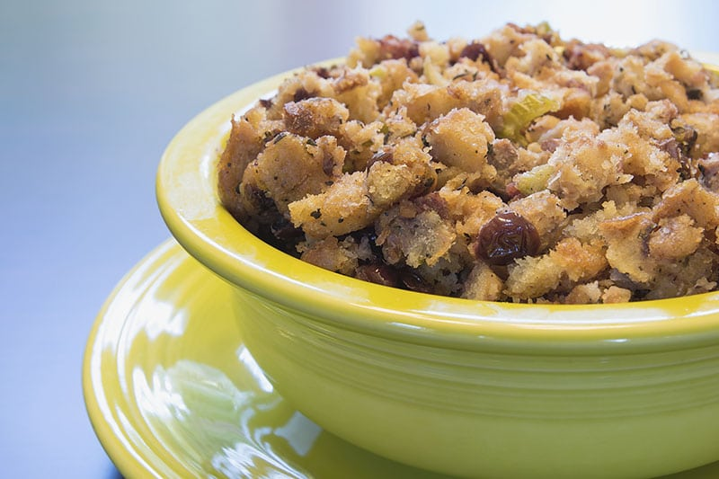 bol de stuffing de thanksgiving