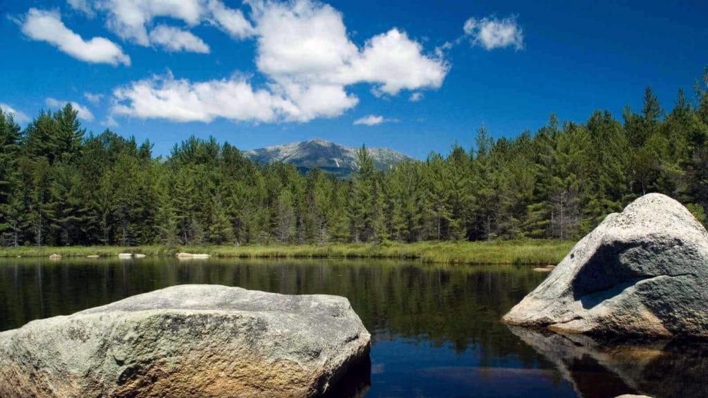 Lac dans Katahdin Woods et Waters National Monument