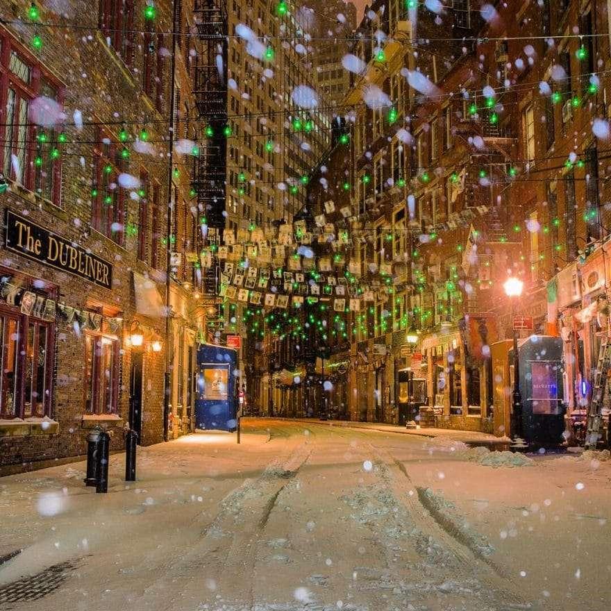 Rue de New York sous la neige par Matt Chimera