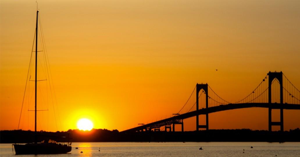 Grand pont à Newport Rhode Island