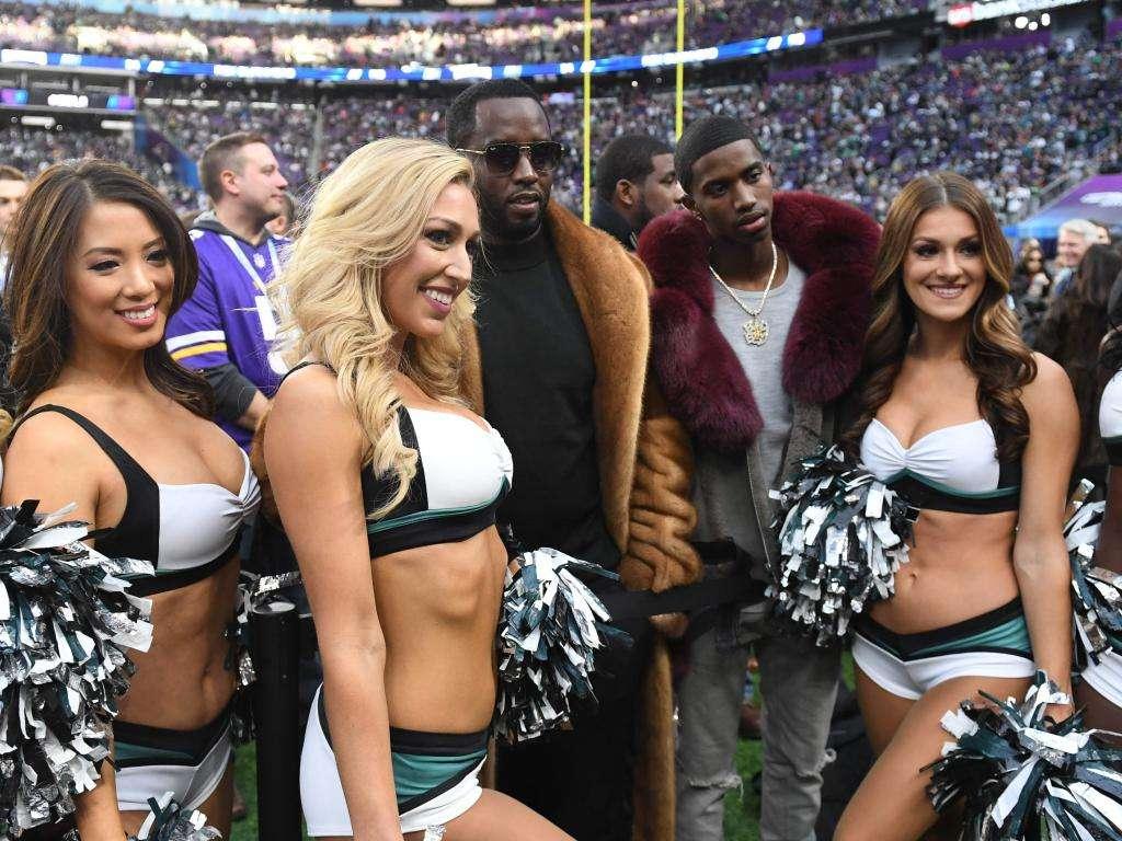 Cheerleaders P-Diddy