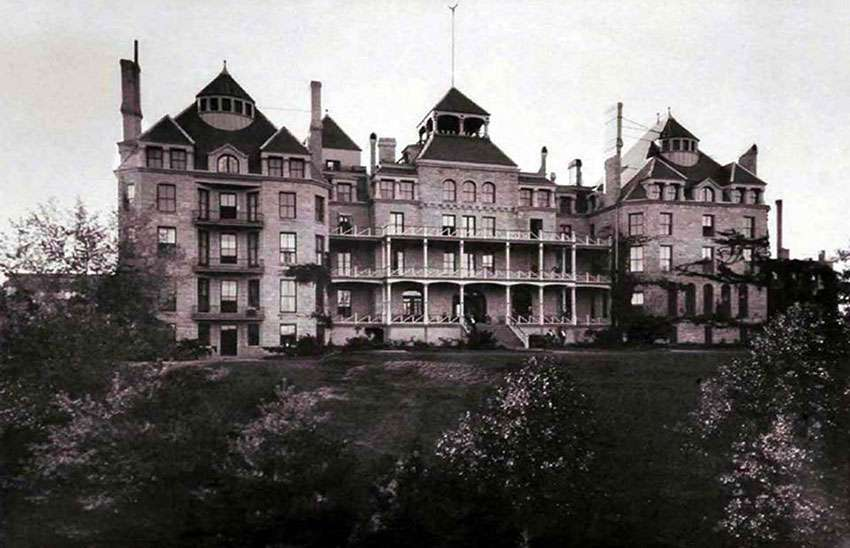 Arkansas Crescent Hotel